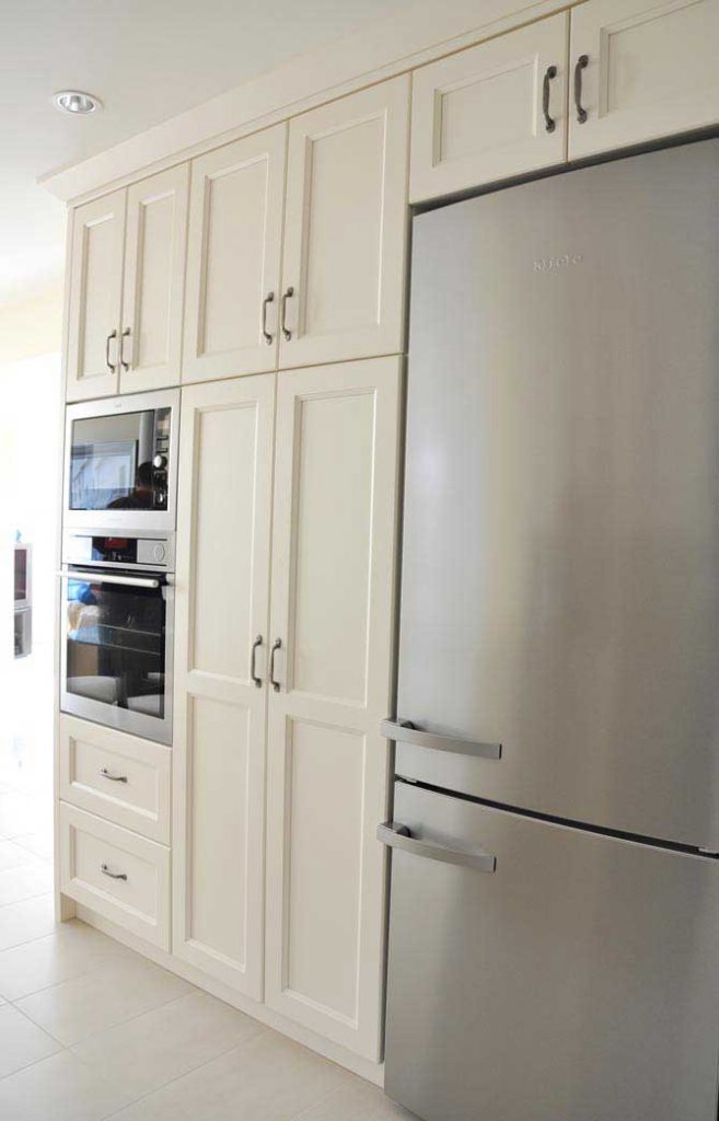 White Maple Columbia Kitchen Cabinets - Coordinated Kitchen and Bath